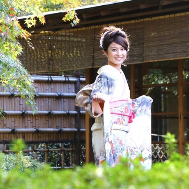 日本家屋で古典イメージな振袖撮影