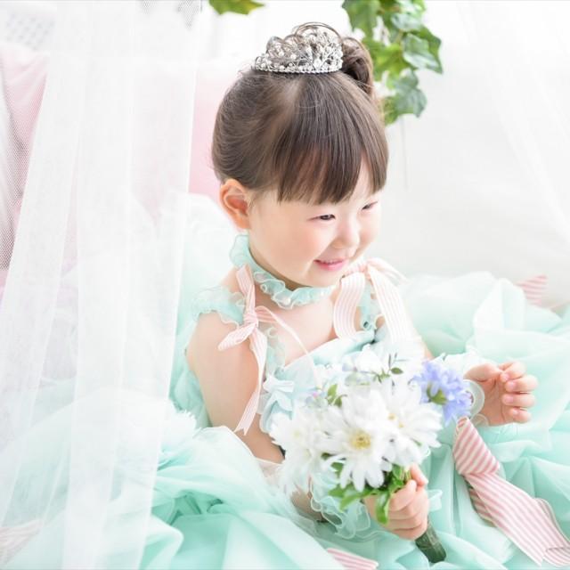 七五三3歳 洋装ドレススタジオ 柔らかい雰囲気のナチュラルな写真♬