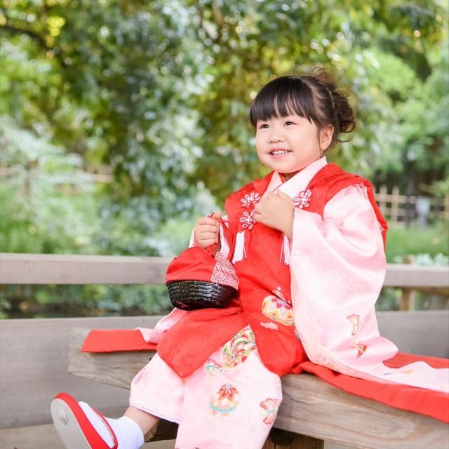 七五三3歳女子 日本庭園のロケーション撮影で楽しくパチリ♪