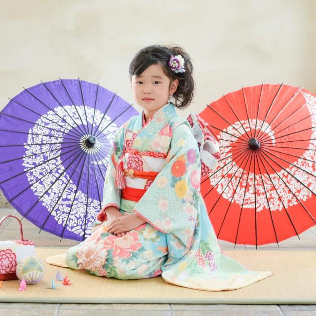7歳の七五三 着物と和傘
